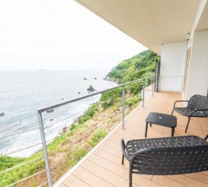 イヴレスホスピタリティの熱海のホテルの客室から見える海